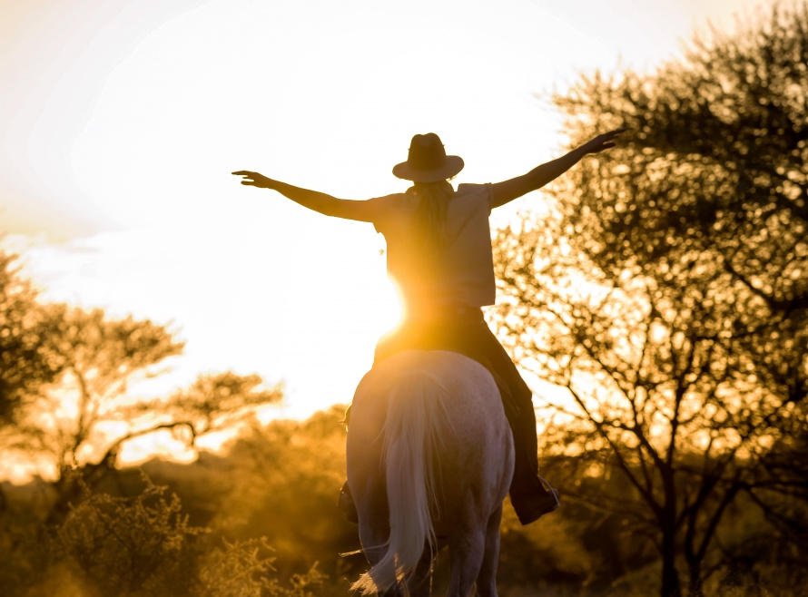 Guiding horse safaris in Africa