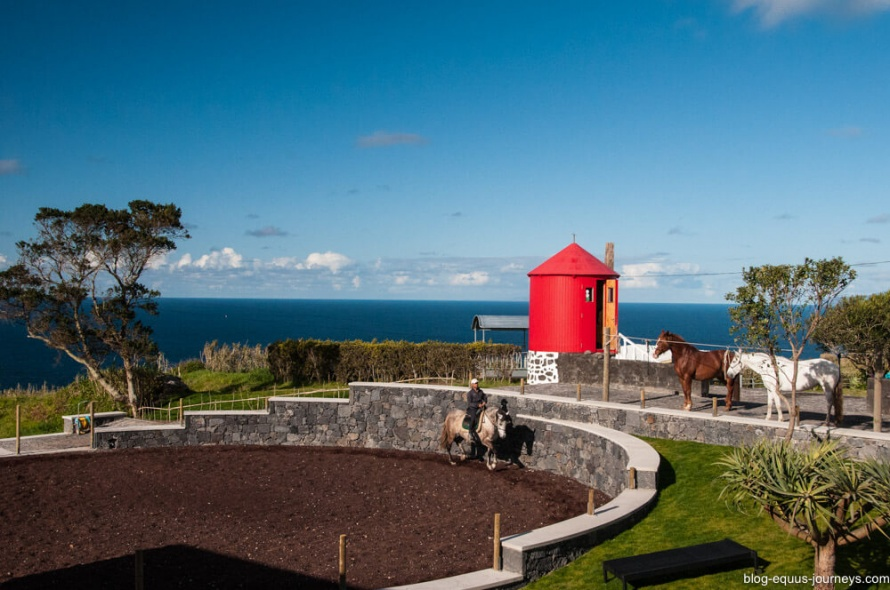 A magical riding holiday at the Patio's Lodge in Azores @BlogEquusJourneys