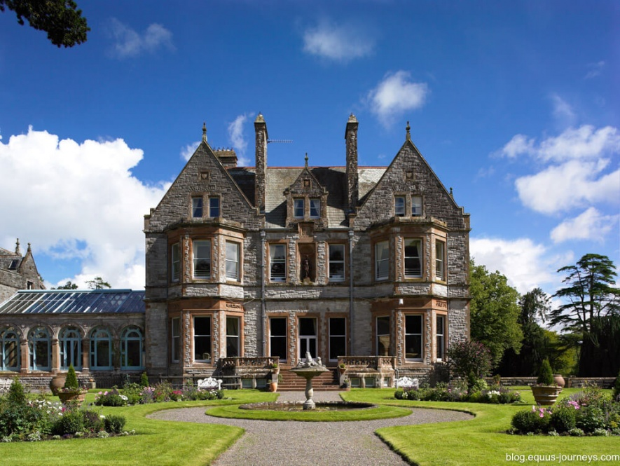 Castle Leslie in Ireland - a luxury riding holiday!